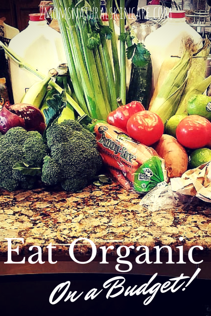 Eat Organic On a Budget| http://2momsnaturalskincare.com