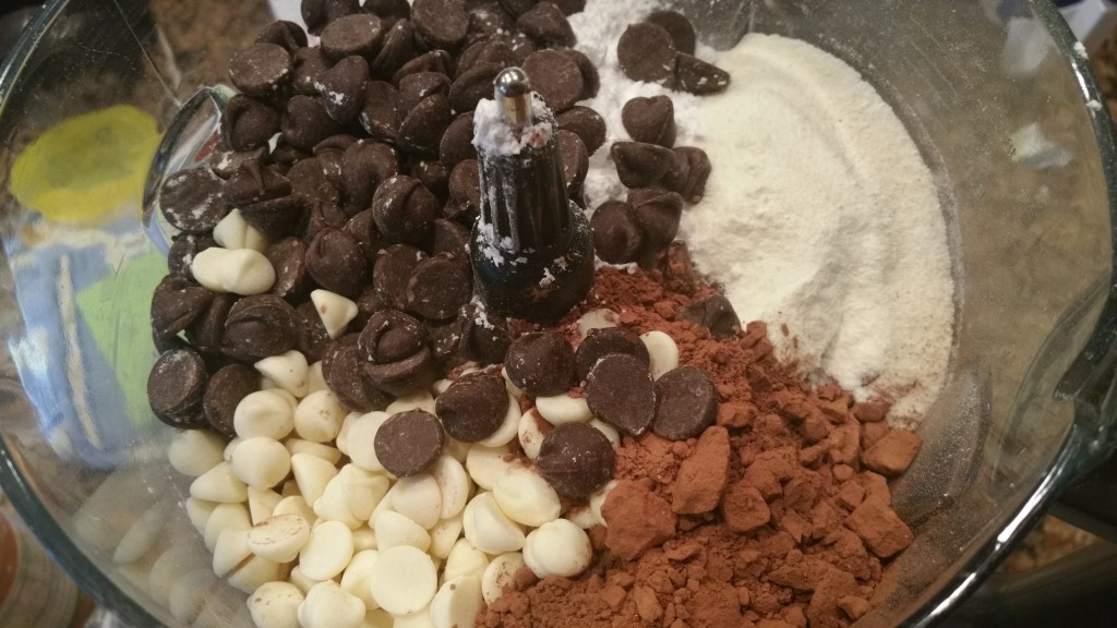 DIY Flavored Instant Hot Chocolate Mix| 2momsnaturalskincare.com| #christmas #gift #holiday